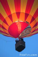 Hot Air Balloon courtesy of freefoto.com