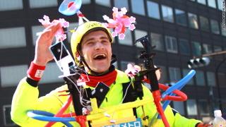 Joseph Tame runs Tokyo Marathon and streams it online
